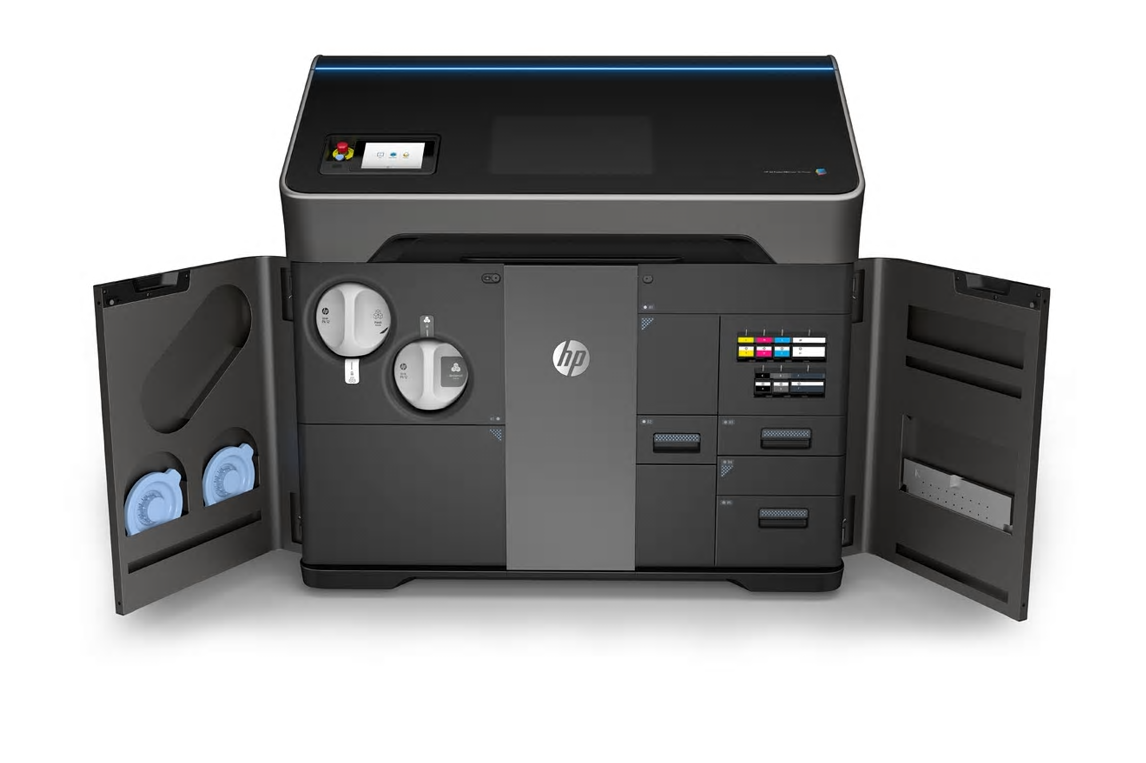 mage shows the HP Jet Fusion 580 Color 3D Printing Solution